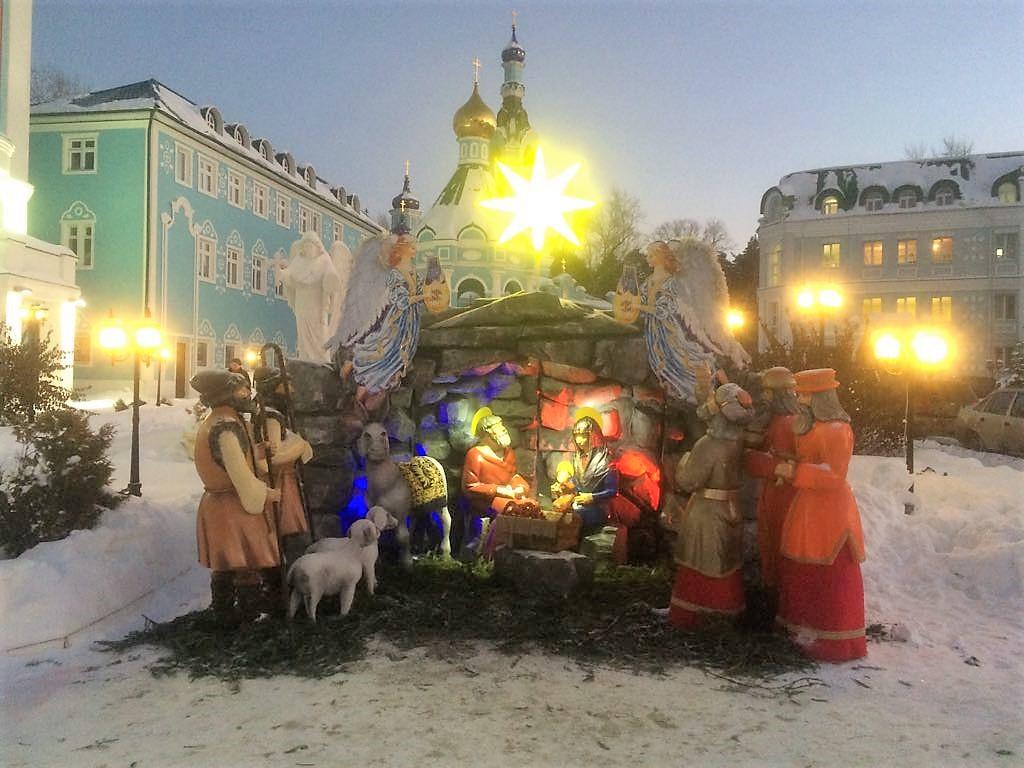 Готовимся к Рождеству! Как провести Рождественские праздники жителям и гостям уральской столицы